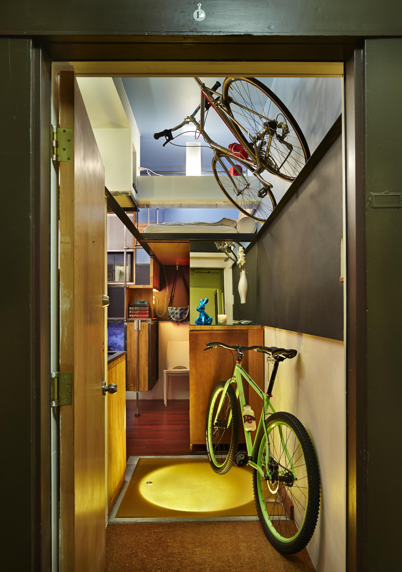 pico-dwelling entry